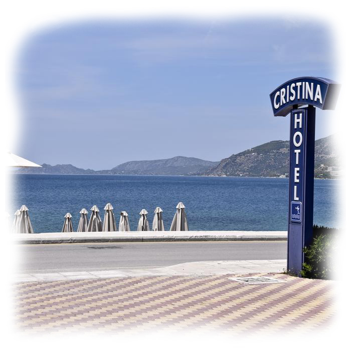 hotel-cristina-maris-loutraki-parking